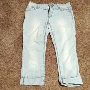 Crop and cuffed jeans size 9